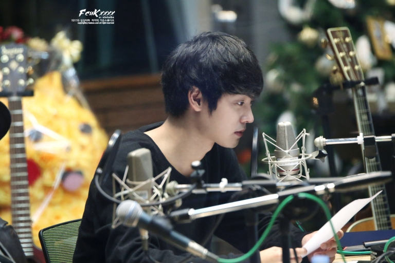 DJ Jung joon young at last day of simsimtapa november 2015