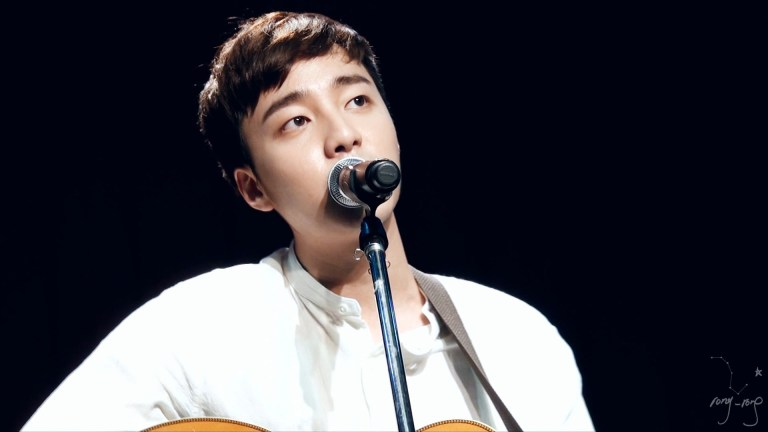 Roy Kim on stage on December 24, 2015