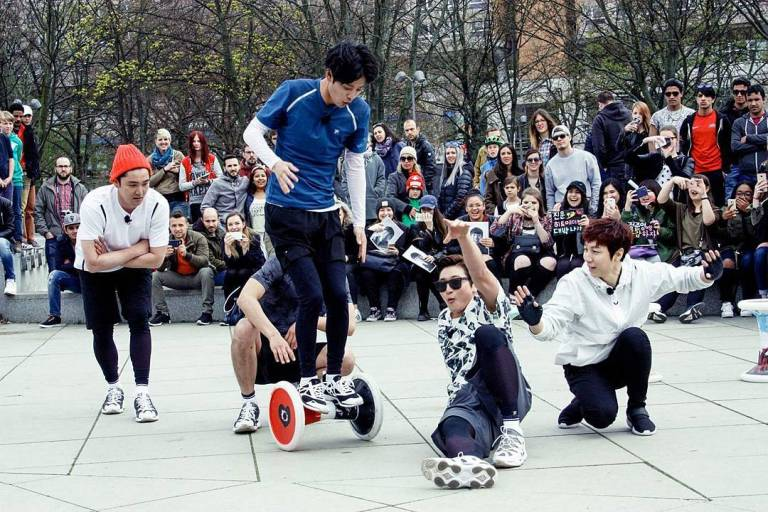 Jung Joon Young performing sporthocker in Berlin for shooting Hit Maker