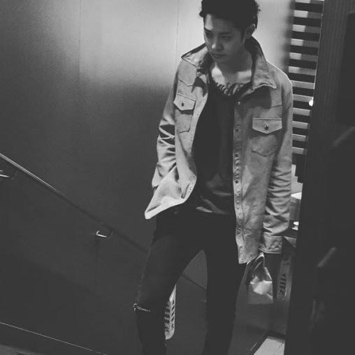 Jung Joon Young in MV Sympathy shooting in Hongkong in January 2016