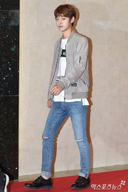 Jung Joon Young walking the red carpet of My Sassy Girl 2 VIP premiere