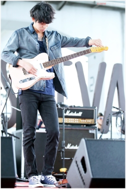 Jung Joon Young Band in blue outfit at Seoul Food Festival 2016