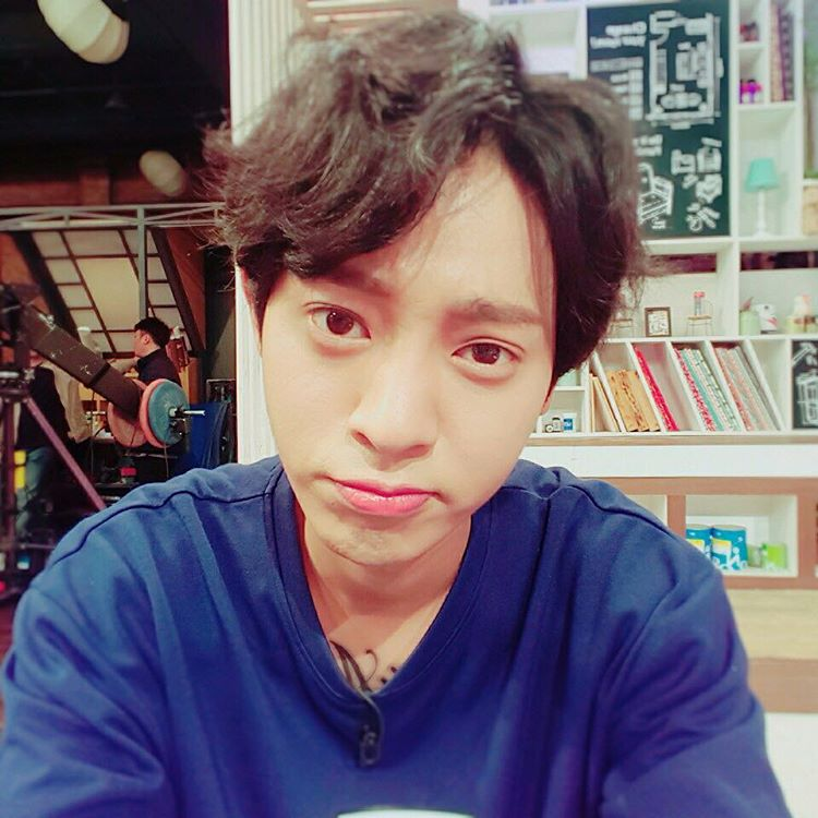 Jung Joon Young wishing of a capsule helping his body full and healthy