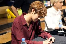 jung joon young and drug restaurant @ fan sign event 20160619 5