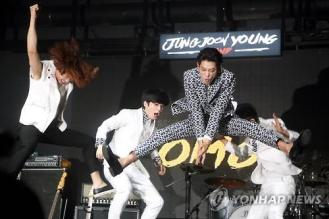 Jung Joon Young Band at showcase for promoting first album on May 2015