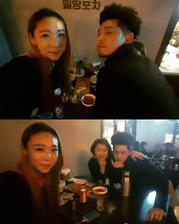Jung Joon Young with athlete Kim Jung Hwa at his restaurant in 2017