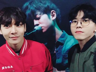 Lee Cheon Woo and Joo Woo Jae at Jung Joon Young's solo concert in Seoul 20170225