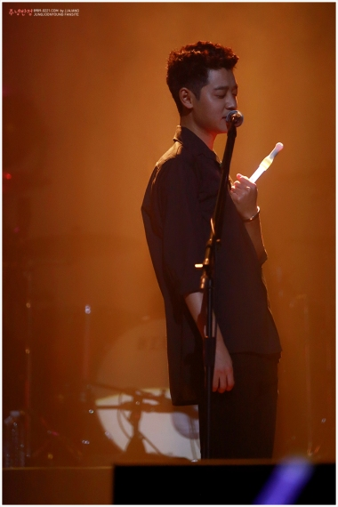 Jung Joon Young's parody of Goblin at his solo concert in SEoul Feb 2017