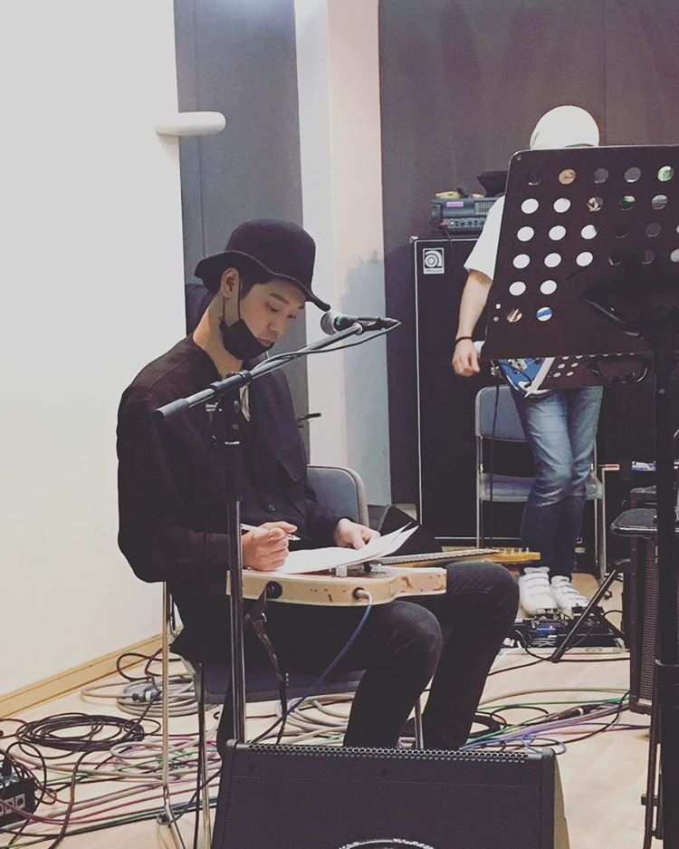 jung joon young rehearsal for Japan showcase in March 26 2017