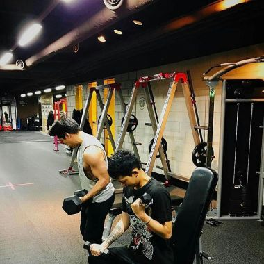 jung joon young work out in 2/2017